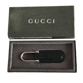 Gucci-Porte clés-Noir