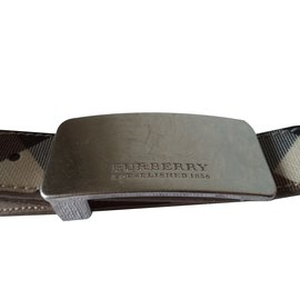 Burberry-Belt-Beige