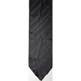 Louis Vuitton-Foulard en soie noire imprimée-Noir
