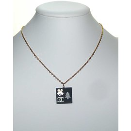 Chanel-Pendant necklace-Black,Golden
