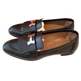 Hermès-Black Rivoli Leather shoes-Black