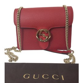 Gucci-Interlocking-Rouge