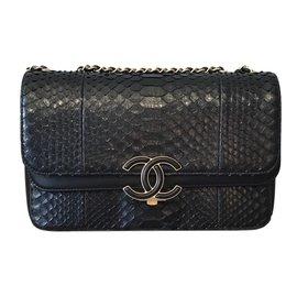 Chanel-Sac chanel en Python-Noir