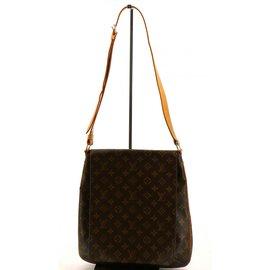 666d9e363ad8 Louis Vuitton-Musette-Marron foncé ...