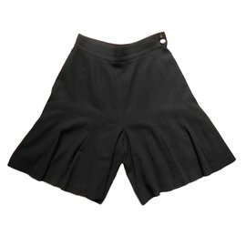 Chanel-short-Black