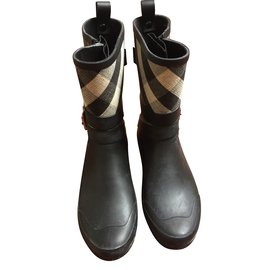 Burberry-boots-Black,Multiple colors