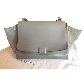 Céline-Trapeze-Gris