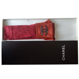 Chanel-Gloves-Red