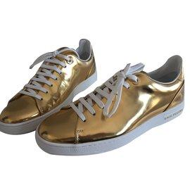 Louis Vuitton-Sneaker-Doré
