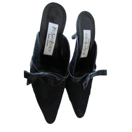 Yves Saint Laurent-Mules-Noir