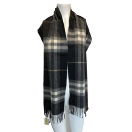 Burberry-Scarf-Other