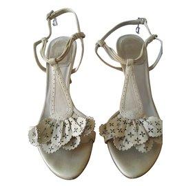Dior-sandales en cuir beige-Beige