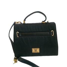Moschino-Handtasche-Schwarz