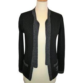 Chanel-Cardigan-Noir