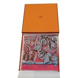 Hermès-Carré 90x90-Rose