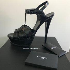 Yves Saint Laurent-Sandale tribute noir 105 en cuir embossee facon crocodile-Noir