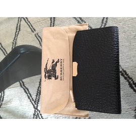Burberry-wallet-Black