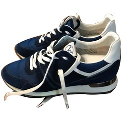 Louis Vuitton-Baskets-Bleu