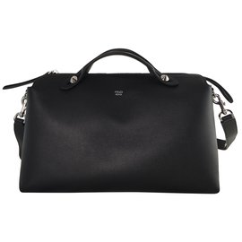 Fendi-By the way large-Noir