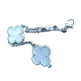 Van Cleef & Arpels-Bracelet-Silvery