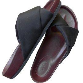 Céline-Sandales-Noir