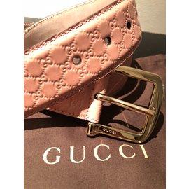 Gucci-Ceinture-Rose