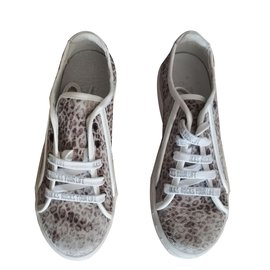 Ikks-sneakers-Grey