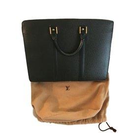 Sac homme Louis Vuitton occasion - Joli Closet 9b2944372c8