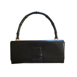 Gucci-Pochette-Noir