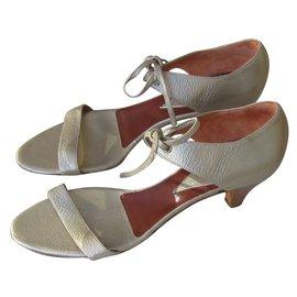 Karine Arabian-sandals-Bronze