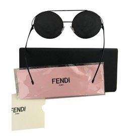 Fendi-Lunettes-Noir