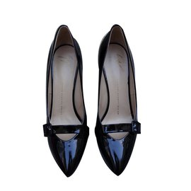 76e3f048e90e Second hand Giuseppe Zanotti luxury designer - Joli Closet