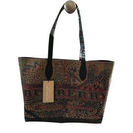 Burberry-Reversible Canvas Tote Handbag-Dark brown