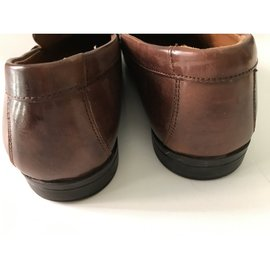 Clarks-Loafers Slip ons-Brown