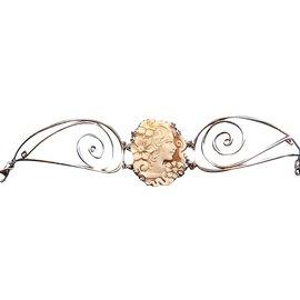 Autre Marque-Bracelet avec un Camée STYLE VICTORIEN-Blanc cassé