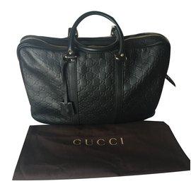 Gucci-Bag-Black