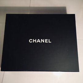 Chanel-Mini Cambon-Beige