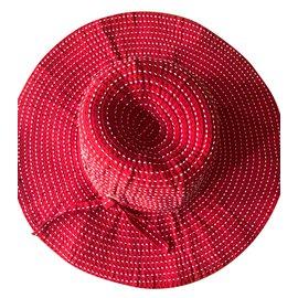 Chanel-Chapeaux-Rouge