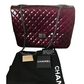 Chanel-2.55-Dark red