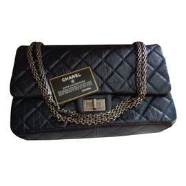 Chanel-2.55-Navy blue