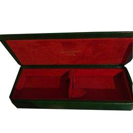 Boucheron-Misc-Red,Golden,Green