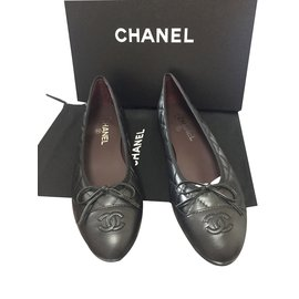 Chanel-Quilted Ballerinas-Black