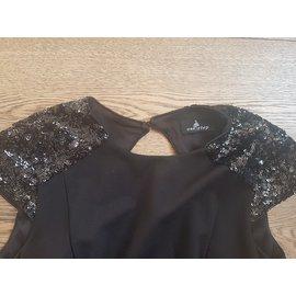 One step-Dresses-Black