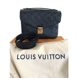 Louis Vuitton-Metis-Noir