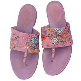 Gucci-Sandales-Violet