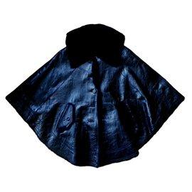Yves Salomon-Cape cuir vernissé doublé fourrure-Noir
