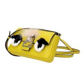 Fendi-Mini-Tasche-Gelb