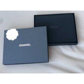 Chanel-Sautoirs-Doré