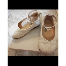 Dior-Slippers-White