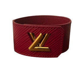 Louis Vuitton-Twist-Dark red